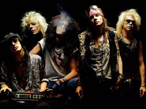 http://www.metallibrary.ru/bands/discographies/images/gunsnroses/photos/gunsnroses_01.jpg