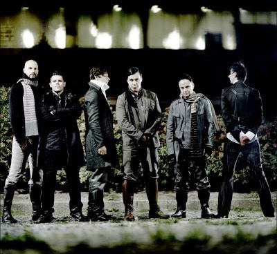 http://www.metallibrary.ru/bands/discographies/images/rammstein/photos/rammstein_02.jpg