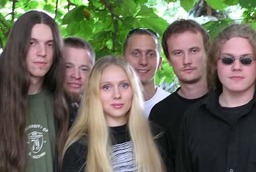 http://www.metallibrary.ru/bands/discographies/images/via_mistica/photos/via_mistica_02.jpg